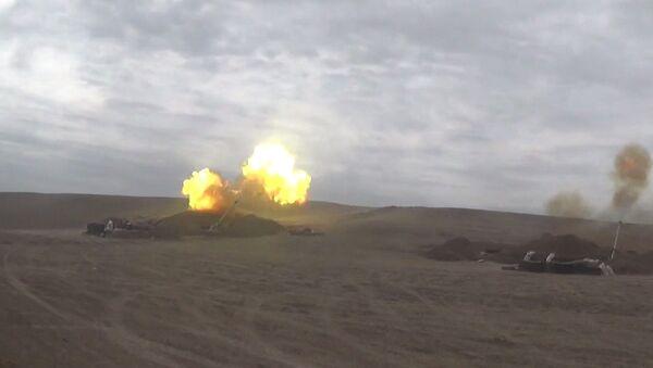 Артиллерийские подразделения наносят удары - Sputnik Азербайджан