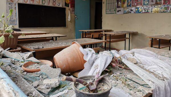 Учебный класс в школе в азербайджанском Тертере близ Карабаха после обстрелов - Sputnik Азербайджан