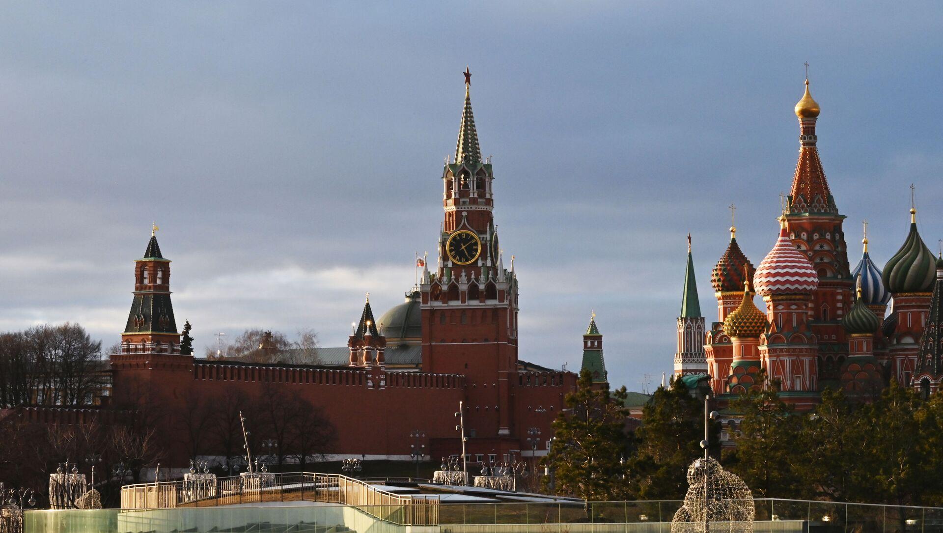 Вид на Кремль в центре Москвы, фото из архива - Sputnik Азербайджан, 1920, 10.03.2021