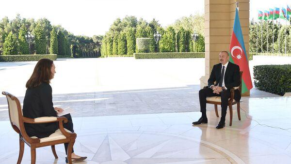 """Prezident İlham Əliyev """"France 24"""" televiziya kanalına müsahibəsi zamanı - Sputnik Азербайджан"""