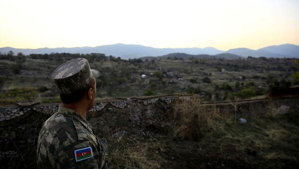 Военнослужащий ВС Азербайджана в Джебраиле, фото из архива - Sputnik Азербайджан