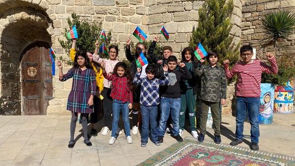 Воспитанники Art School - Sputnik Азербайджан