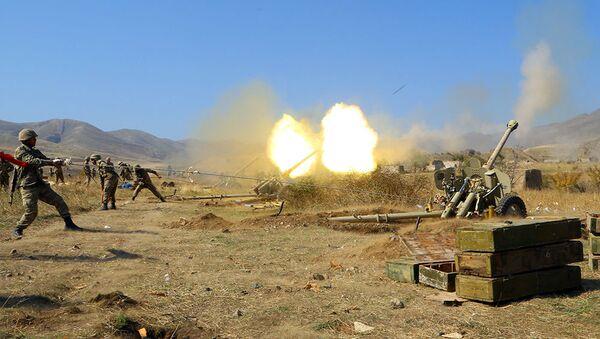 Огонь из артилерии ВС Азербайджана, фото из архива - Sputnik Азербайджан
