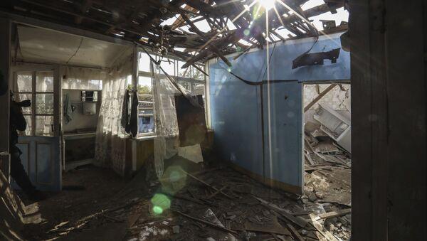 Последствия обстрела в Тертере - Sputnik Азербайджан