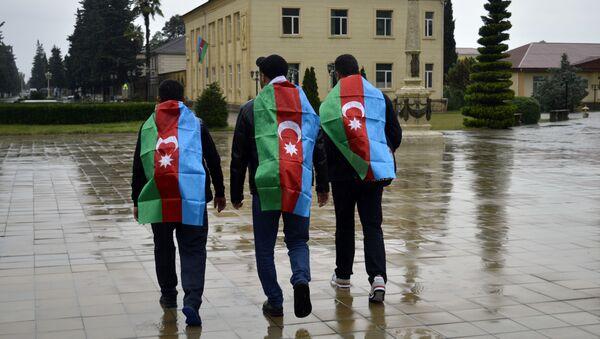 Astaradan Bakıya piyada gedənlər - Sputnik Azərbaycan