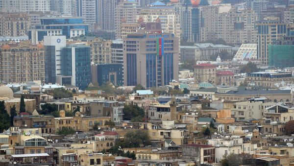 Вид на город со смотровой площадки в Баку. - Sputnik Азербайджан