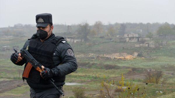 Полицейский, фото из архива - Sputnik Азербайджан