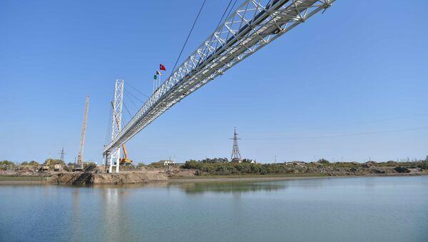 Строительно-монтажные работы трубопроводов - Sputnik Азербайджан