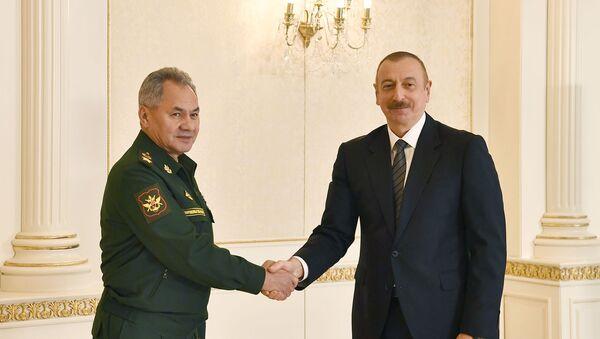 Prezident İlham Əliyev Rusiyanın müdafiə nazirinin başçılıq etdiyi nümayəndə heyətini qəbul edib - Sputnik Азербайджан