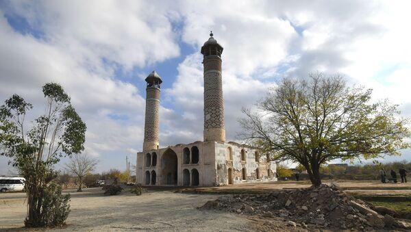 Город Агдам после его возвращения Азербайджану - Sputnik Азербайджан