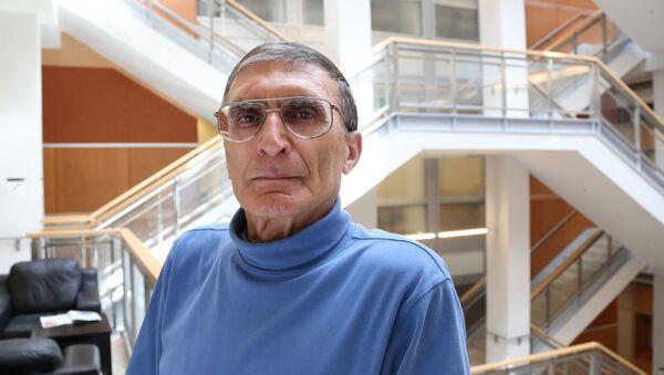 Азиз Санджар, фото из архива - Sputnik Azərbaycan