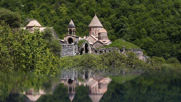 Монастырский комплекс Худавенк, фото из архива - Sputnik Азербайджан