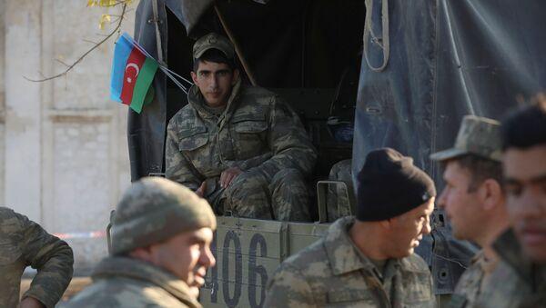 Азербайджанские военнослужащие, фото из архива - Sputnik Azərbaycan