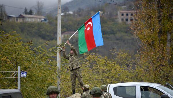 Азербайджанские военные в Лачинском районе, фото из архива - Sputnik Азербайджан