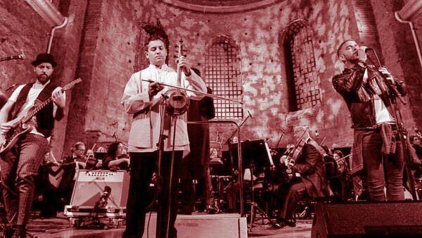 Азербайджанский музыкант Имамйар Гасанов, фото из архива - Sputnik Azərbaycan