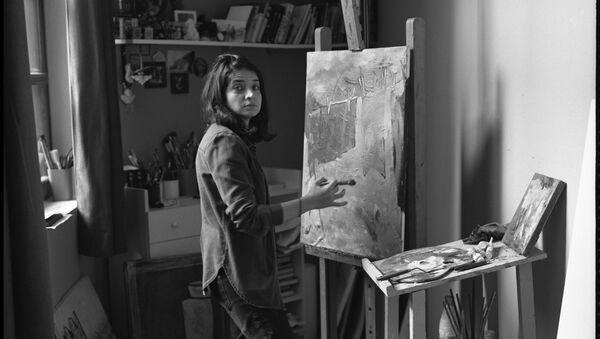 Азербайджанская художница Вюсаля Агаразиева, фото из архива - Sputnik Азербайджан