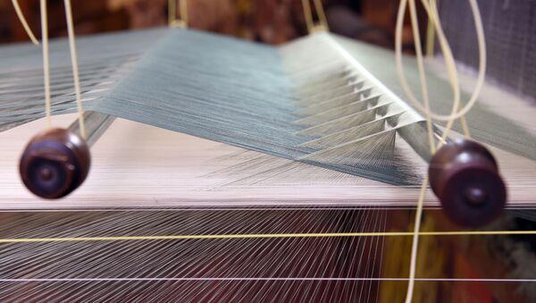Производство шелка, фото из архива - Sputnik Азербайджан