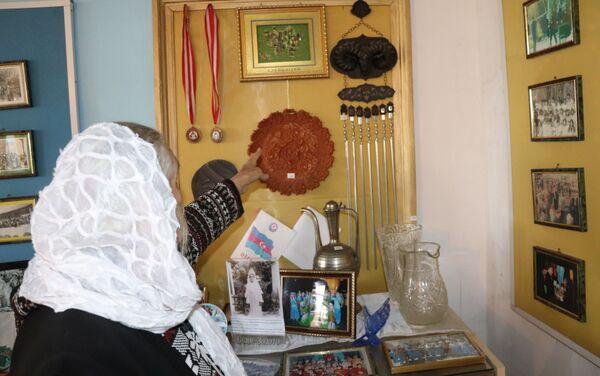 Жительница села Какалос Астаринского района Фарбия Шабанова - Sputnik Азербайджан