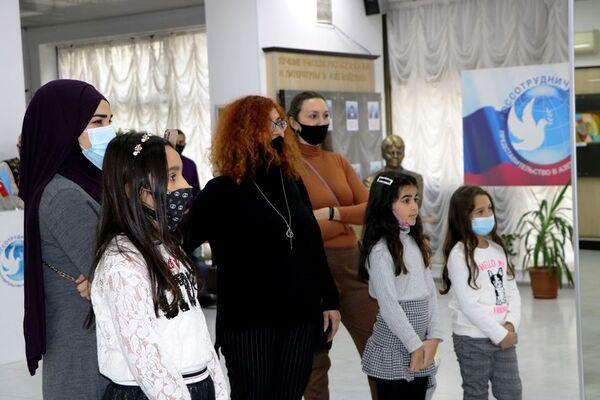 Выставка детских рисунков «Глазами чистоты» - Sputnik Азербайджан