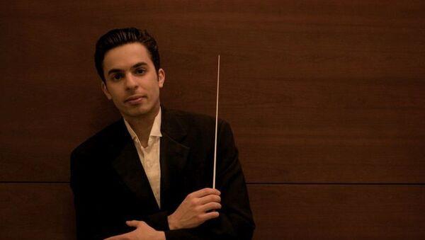 Туркменский дирижер, скрипач азербайджанского происхождения Фархад Худиев, фото из архива - Sputnik Азербайджан