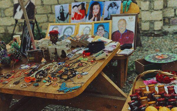 В Гяндже прошла благотворительная ярмарка  - Sputnik Азербайджан