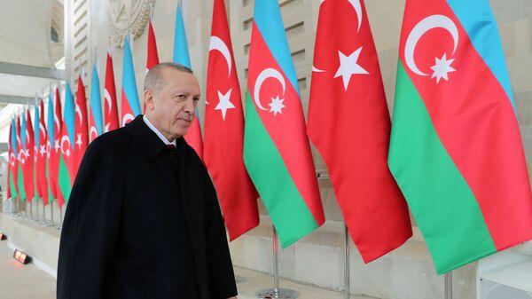 Президент Турции Реджеп Тайип Эрдоган в Баку, фото из архива - Sputnik Азербайджан