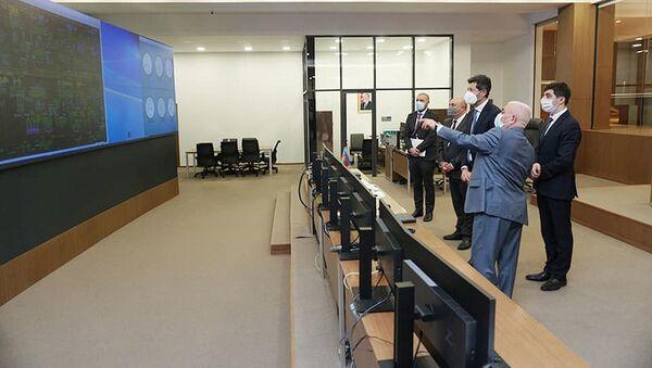 В ходе переговоров главы ОАО Azərenerji Бабы Рзаева с делегацией итальянской компании Ansaldo Energia - Sputnik Азербайджан