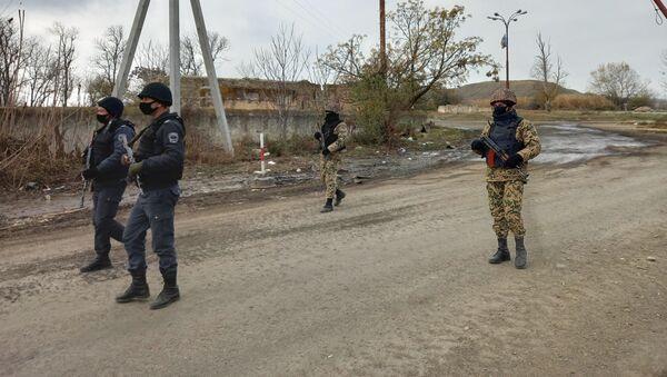 Сотрудники полиции и внутренних войск АР в Джебраиле - Sputnik Азербайджан