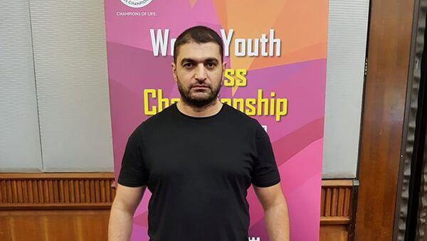 Şahmat üzrə yeniyetmələrdən ibarət yığma komandanın baş məşqçisi Fərid Abbasov - Sputnik Azərbaycan