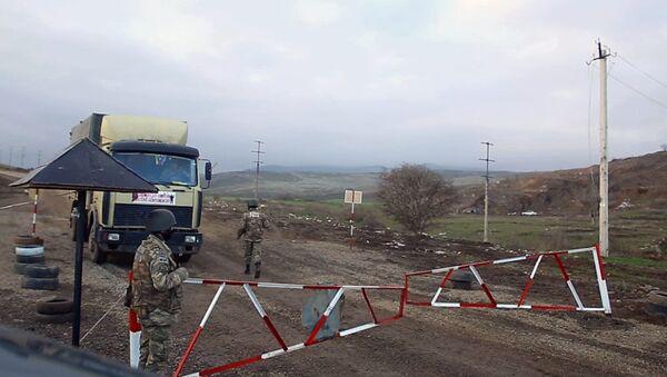Hərbi polis azad edilmiş ərazilərdə - Sputnik Azərbaycan