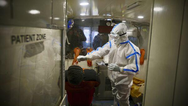 Тест на коронавирус, фото из архива - Sputnik Azərbaycan