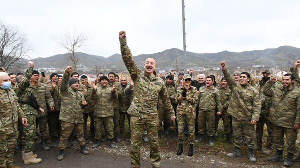Президент Ильхам Алиев в Губадлинском и Зангиланском районах - Sputnik Азербайджан