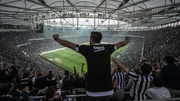 Фанаты футбольного клуба Бешикташ, фото из архива - Sputnik Azərbaycan