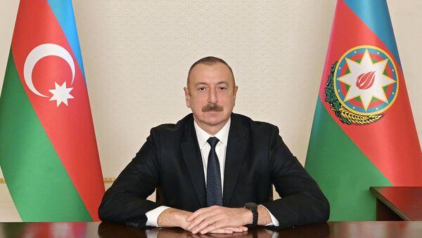 Prezident İlham Əliyev xalqa müraciəti zamanı - Sputnik Азербайджан
