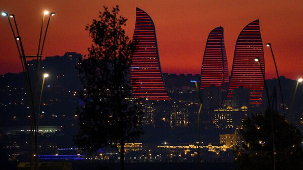 Вид на Пламенные башни (Flame Towers) в Баку, фото из архива - Sputnik Азербайджан