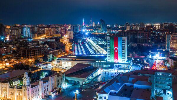 Вид на ночной Баку, фото из архива - Sputnik Азербайджан