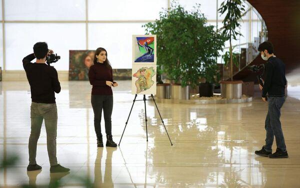 Работа участницы проекта Bu günün rəssamı (Художник сегодня) - Sputnik Азербайджан