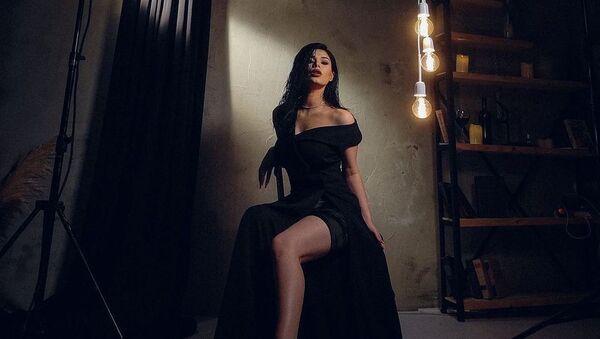 Дочь известной азербайджанской певицы Раксаны Исмайловой Айсун Исмайлова - Sputnik Азербайджан