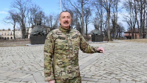 Prezident İlham Əliyev Şuşada - Sputnik Азербайджан