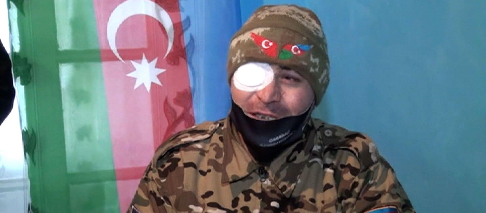 Передо мной упала кассетная бомба, но я выжил - ветеран Карабахской войны - Sputnik Азербайджан, 1920, 19.01.2021
