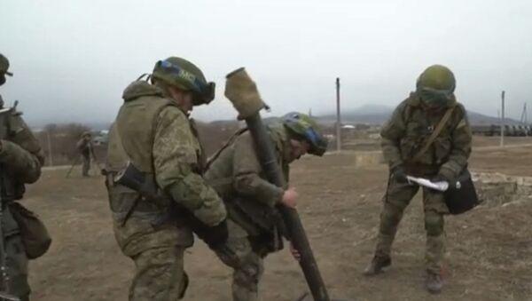 Учения российских миротворцев в Карабахе - Sputnik Азербайджан