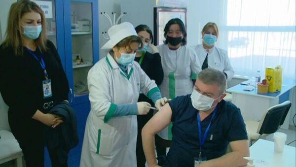 Вакцинация от коронавируса в Шамкире - Sputnik Азербайджан