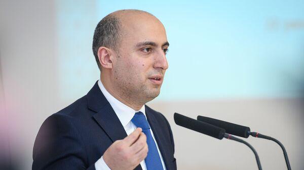 Təhsil naziri Emin Əmrullayev - Sputnik Азербайджан