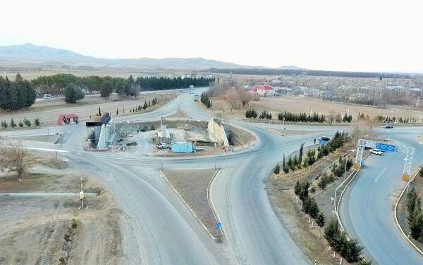 Ремонтные работы на 130-километровом участке дороги Гянджа-Газах-госграница - Sputnik Азербайджан