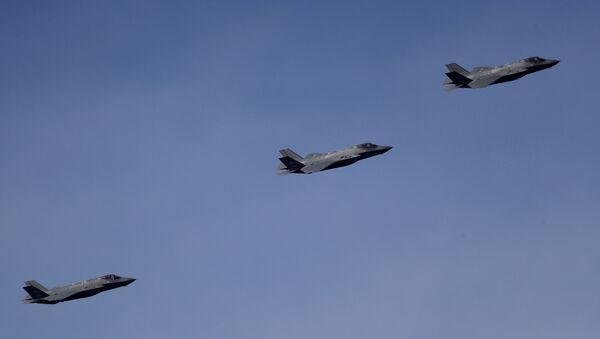 Истребитель F-35, фото из архива - Sputnik Azərbaycan