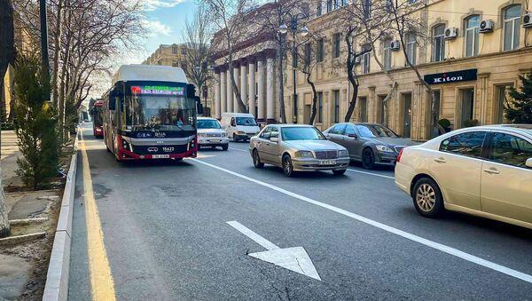 Bakıda avtobuslar üçün xüsusi zolaq - Sputnik Azərbaycan