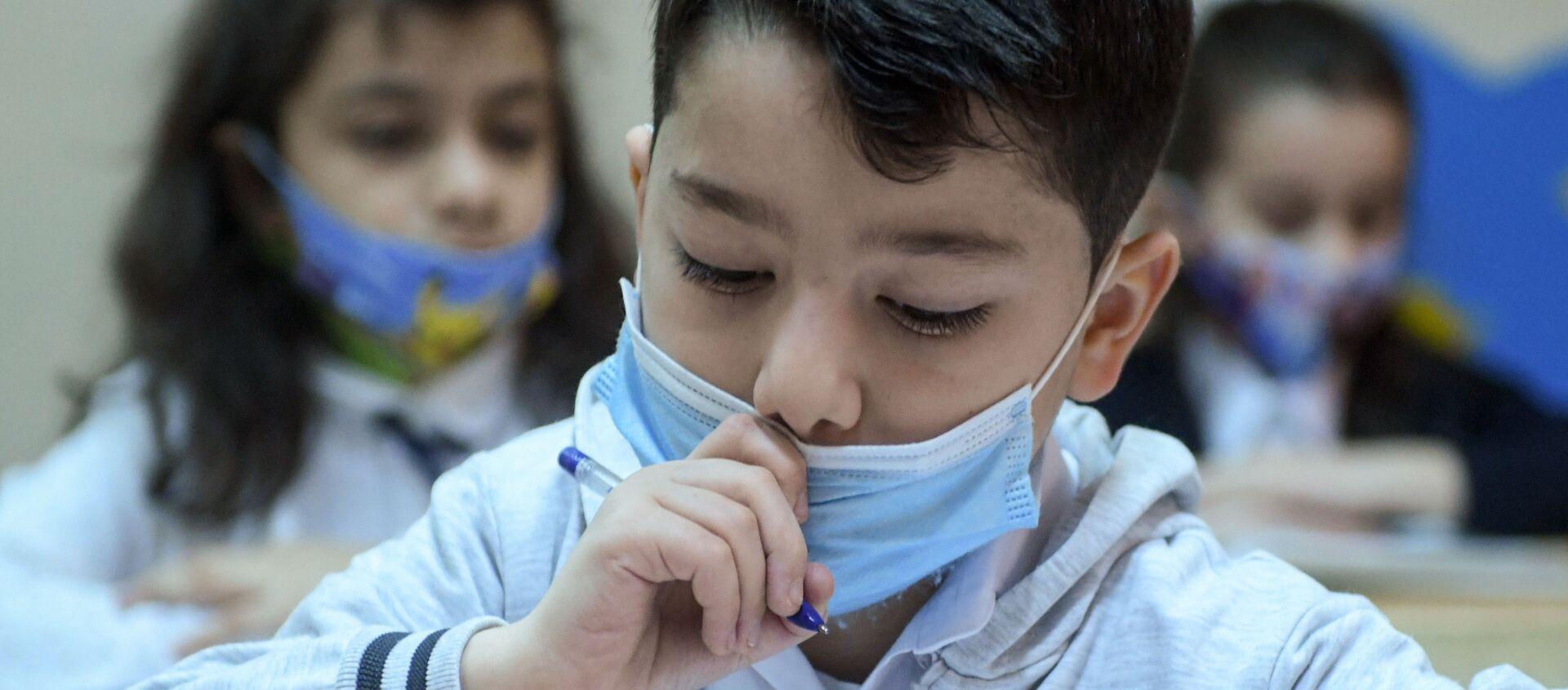 Возобновление очных занятий в бакинских школах, 1 февраля 2021 года - Sputnik Азербайджан, 1920, 01.02.2021
