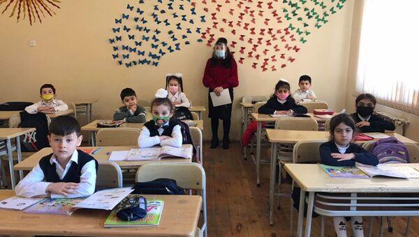 51 saylı məktəbdən reportaj - Sputnik Azərbaycan