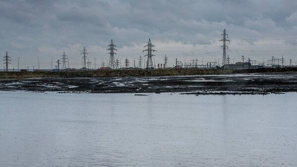 Сураханское нефтяное месторождение, фото из архива - Sputnik Азербайджан
