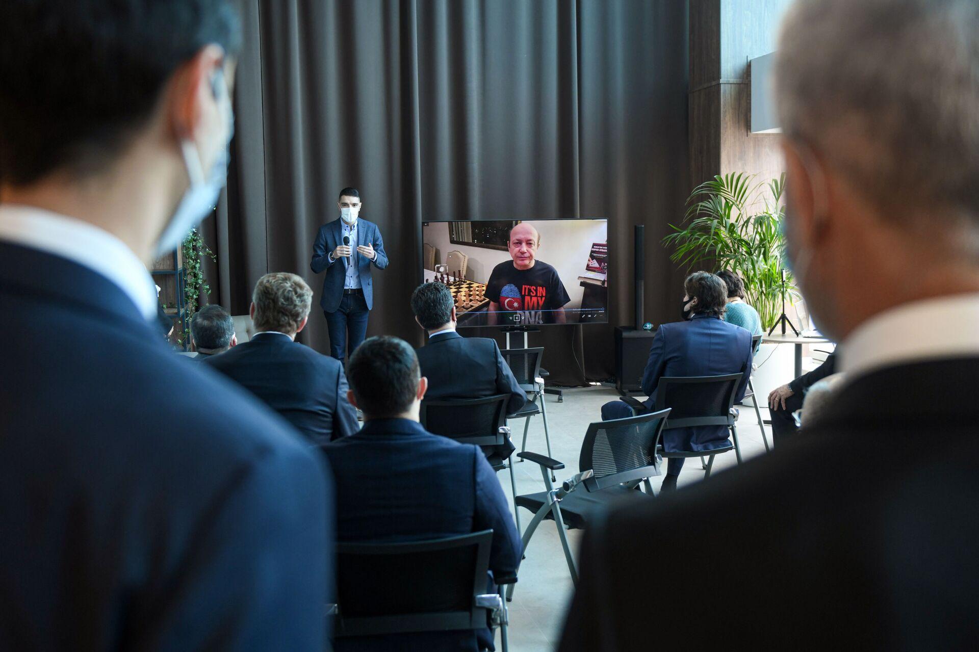 Центр технологий Лютфи Заде соберет всех азербайджанцев, готовых к развитию - Sputnik Азербайджан, 1920, 04.02.2021